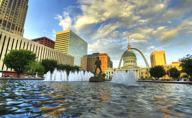 4 Charming Cities to Host your Missouri Family Reunion