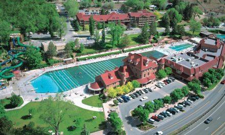Glenwood Hot Springs: Makes a Big Splash with Groups