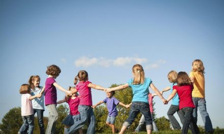 Find the Perfect Family Reunion Game