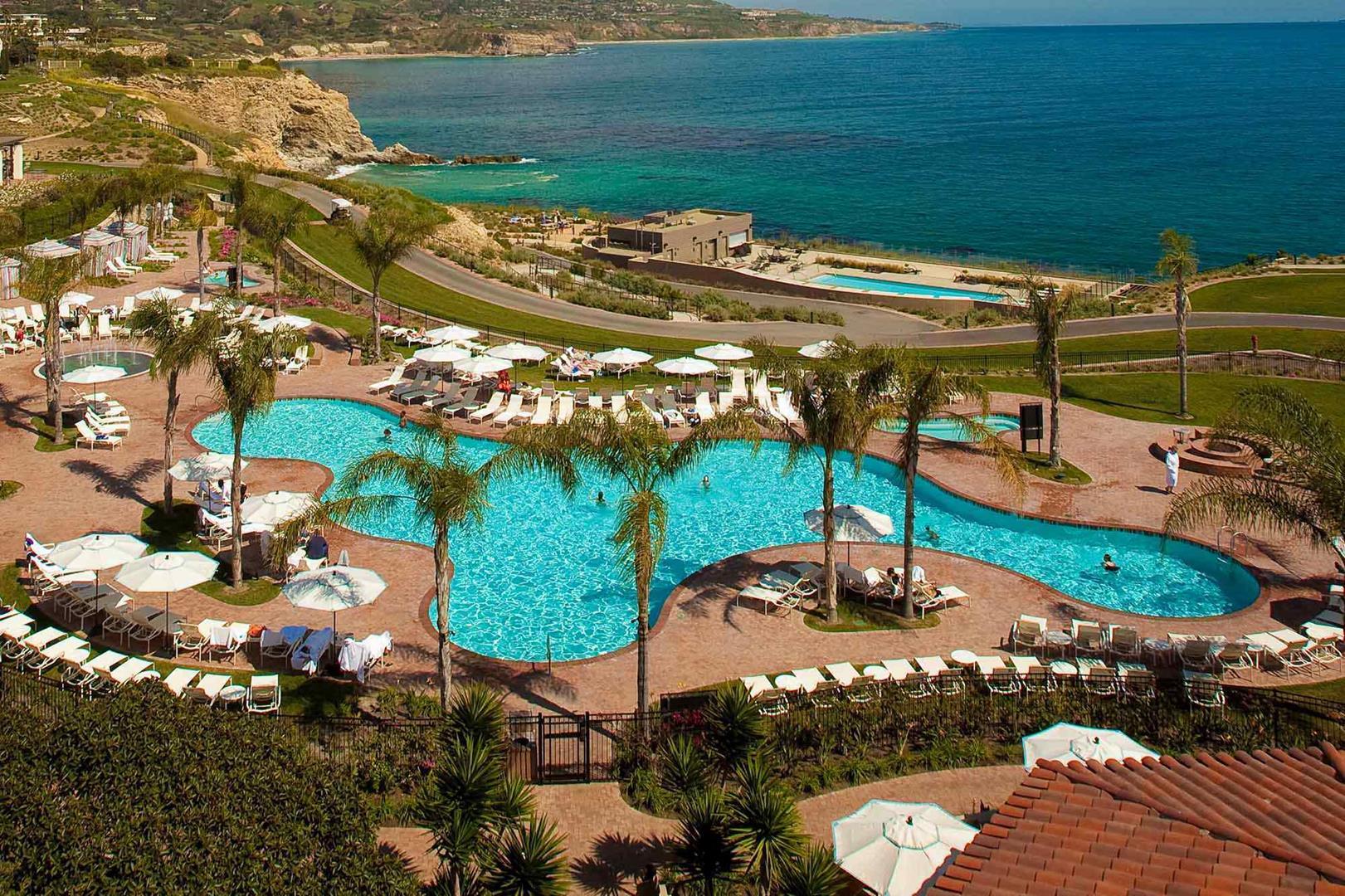 10 Breathtaking Beach Resorts on the West Coast
