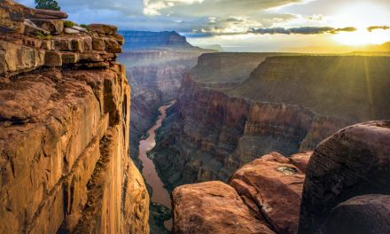 Enjoy the Great Outdoors in Picturesque Arizona